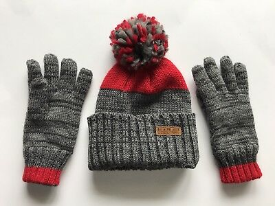 Carter's Boys Hat And Gloves Set Size 4-8 Red And Gray
