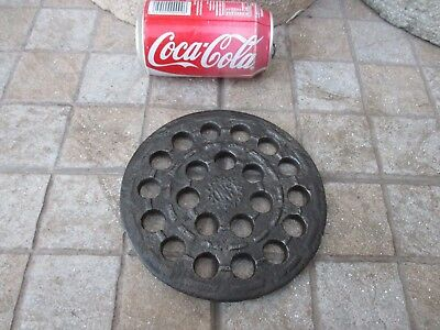 """Antique Strong Cast Iron Round Floor or Wall Register Grate Ventilator 6-1/4"""""""