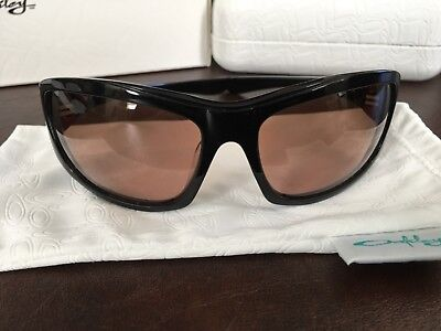 OAKLEY DISOBEY Sunglasses NIB WITH HARD CASE & SOFT BAG