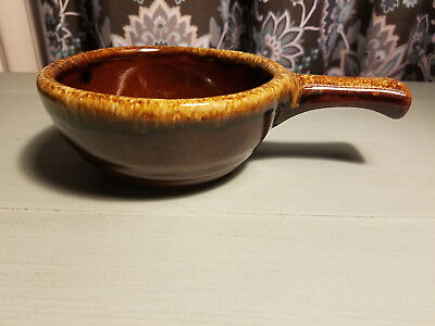Western Monmouth Stoneware Pottery Handled Soup Bowl Brown 0901