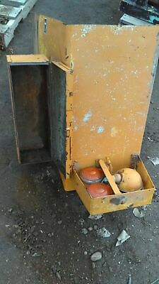 Case 580B RH Fender with Mounted Tool Box F63264 D124090