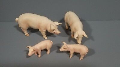 Schleich lot of 4 animal Pigs figures Excellent condition