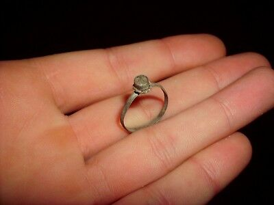 Ancient Roman Silver Ring - 200/300 Ad