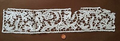 Early Flemish or Milanese Handmade Bobbin lace Study piece