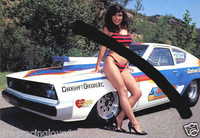 "SUPER ULTRA HOT Bikini Babe & Plymouth Drag Car ""Pin-UP"" PHOTO! #(3)"