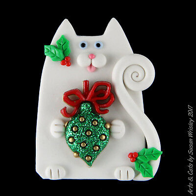 White Kitty Cat, Holly & Christmas Ornament Holiday Pin - SWris