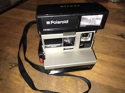 Polaroid One Step Sun 600 LMS With Flash