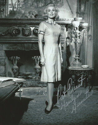 THE MUNSTERS Marilyn PAT PRIEST on set signed photo!
