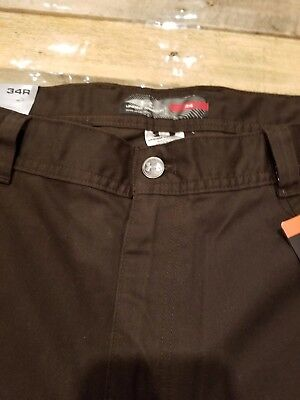 New NWT Mens UNDER ARMOUR PERFORMANCE Size 34 Brown Flat Front SHORTS Allseason