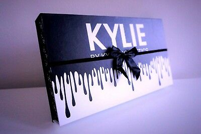 Kylie Jenner Black Bow 12 Matte Liquid Lipstick Collection make-up *Damaged*