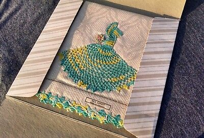 Antique GORGEOUS unused Embroidered Damask IRISH LINEN Towel & Orig Box MUST SEE