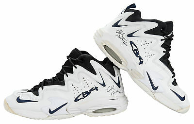 Rockets Charles Barkley Signed 1996-97 Game Used Nike Air CB4 Shoes PSA &  Mears