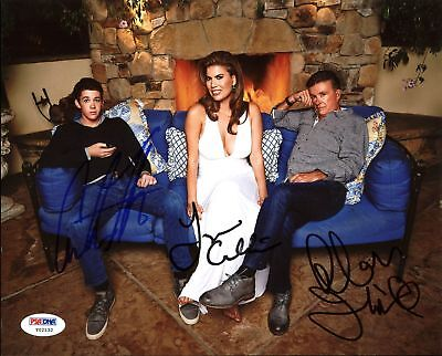Unusually Thicke (Alan, Carter & Tanya Callau) Signed 8X10 Photo PSA/DNA #Y02132