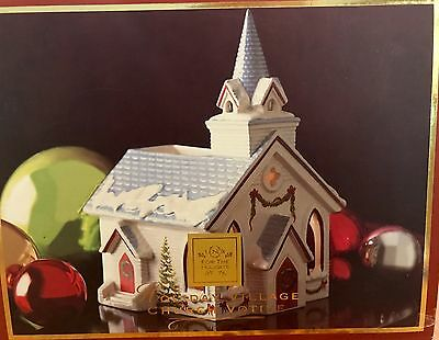 Lenox Holliday Village Church Votive Christmas House - New In Box