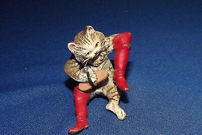"""Vintage to Antique Vienna Bronze Cold Painted Puss & Boots Polishing 2 3/4""""L 2""""H"""