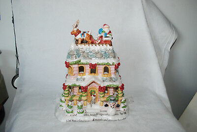 Avon A Visit From Santa Tealight House 2002