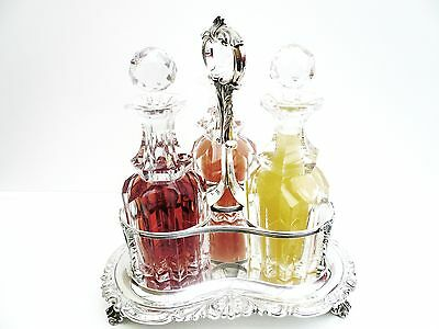 Silver Decanter Stand & Decanters, London 1841, William Richards.