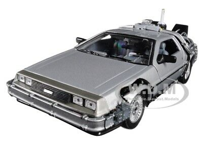 Delorean Back To The Future 2 Flying Version 1:24 Diecast By Welly 22499 Fv