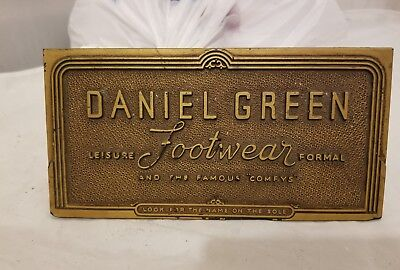 Daniel Green Footwear vintahe sign