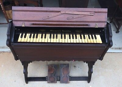 Antique Mason & Hamlin Pump Organ Style 110 Boston USA