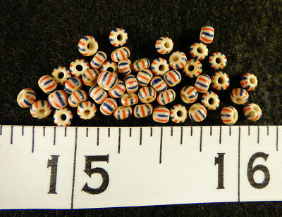 20 Huron Indian False Chevron Glass Trade Seed Beads Red Blue Bead 150+ Year Old