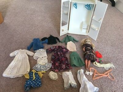 Vintage Sindy Doll And Wardrobe With Clothes Shoes 70s 80s Springtime Sindy