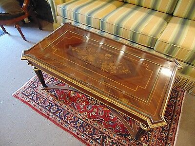 Beautiful Louis XVI Rosewood Coffee/Low table Marquetry Inlaid