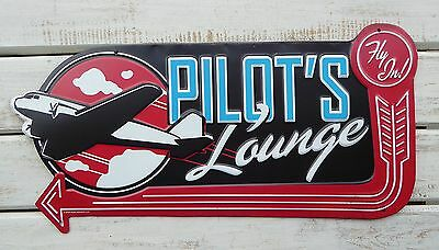 PILOTS LOUNGE Fly In ARROW Aviation PILOT Airplane Garage Shop Tin METAL SIGN