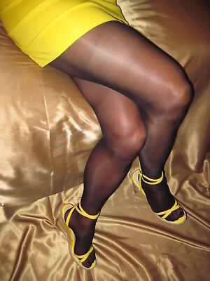 SEXY Hanes Alive Sheer To Waist Pantyhose Size D Jet Black