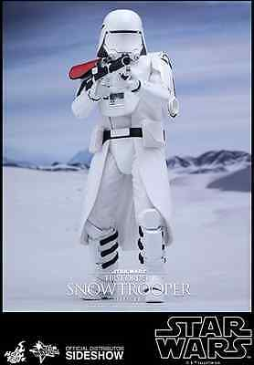 Hot Toys Star Wars First Order Snowtrooper Officer  1:6 Scale The Force Awakens