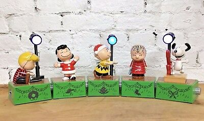 Hallmark 2017 Peanuts Christmas Dance Party Set 5 Figures Spotlight Music/Motion