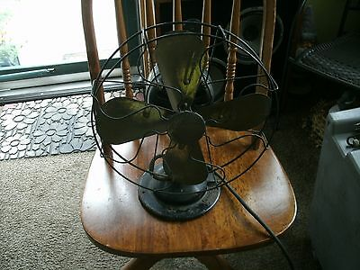 4#   Vintage 3 Speed  Peerless Oscillating Electric Fan Tested and Works great!