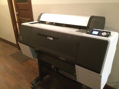 Epson Stylus pro 7890 Excellent Condition! Only 960 pages printed!