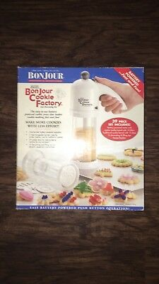 BONJOUR Cookie Press and Decorating Kit Super Shooter Style 39 PC Set NIB