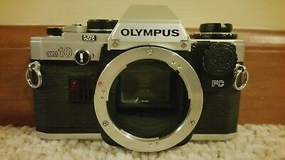 OLYMPUS OM-10 35mm SLR FILM CAMERA BODY with case EXCELLENT!