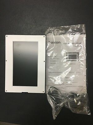 """Axion 7"""" Digital Picture Frame & Multimedia Player 7 Inch"""