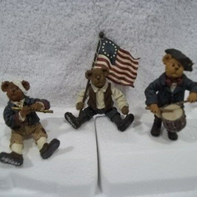 Boyds Bears 3 Minute Men Patriotic resin & Pottery Bowls