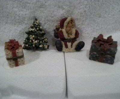 Boyds ST. NICK TREE, S.C.KRIINGLE BEAR, 2 PRESENT TREASURE BOXES