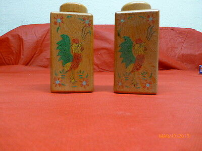 Vintage Salt And Pepper Shakers Roosters Japan Antique Lot Of 2 Cool Distressed