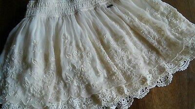 Abercrombie girls size L off white /ivory floral layered lace mini skirt, lined.