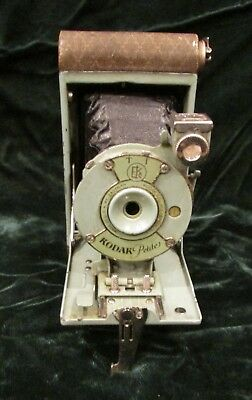 Kodak Petite Camera 1929-33 Art Deco Green Silver Step Pattern 127 Film Vest Siz