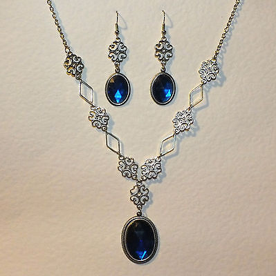 Lacy Filigree Victorian Style Deep Blue Crystal Dark Silver Pl Necklace Set