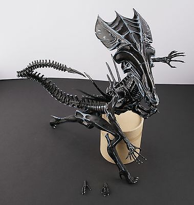 HALCYON ALIEN Movie Cassics Halcyon Alien Queen HT05