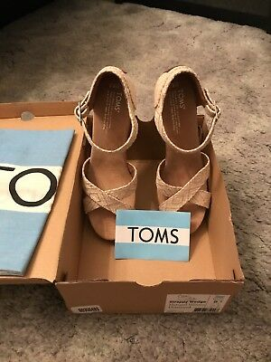 Toms Strappy Wedge Natural Women Size 8.5
