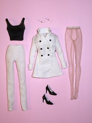"""Tonner - Get Smart Agent 99 Anne Hathaway 16"""" Tyler Fashion Doll OUTFIT"""