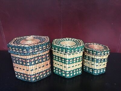 Vintage Set Of 3 Nesting Woven Baskets With Lids