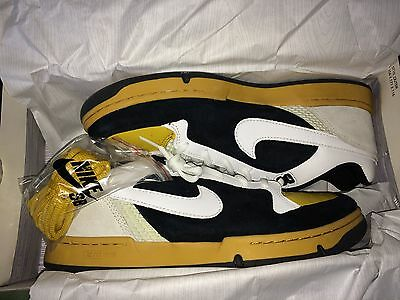 NIKE SB ZOOM AIR ANGUS HK EXCLUSIVE SZ 12 DEADSTOCK WHITE BLACK YELLOW supreme