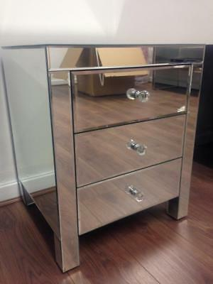 Set of Two (One Pair) Venetian Mirrored Glass Bedside Tables (Three Drawers)