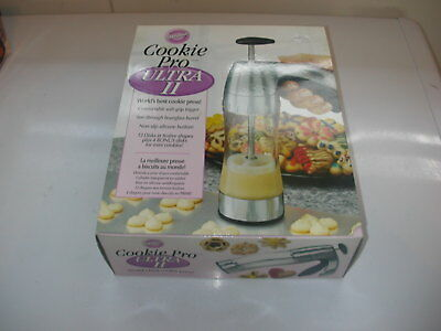 Wilton Cookie Pro Ultra II Press Kit 16 Shapes New in the Box