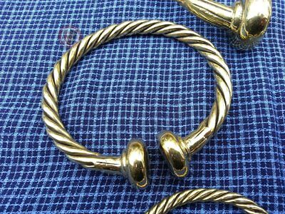 Celtic Wristband TORC